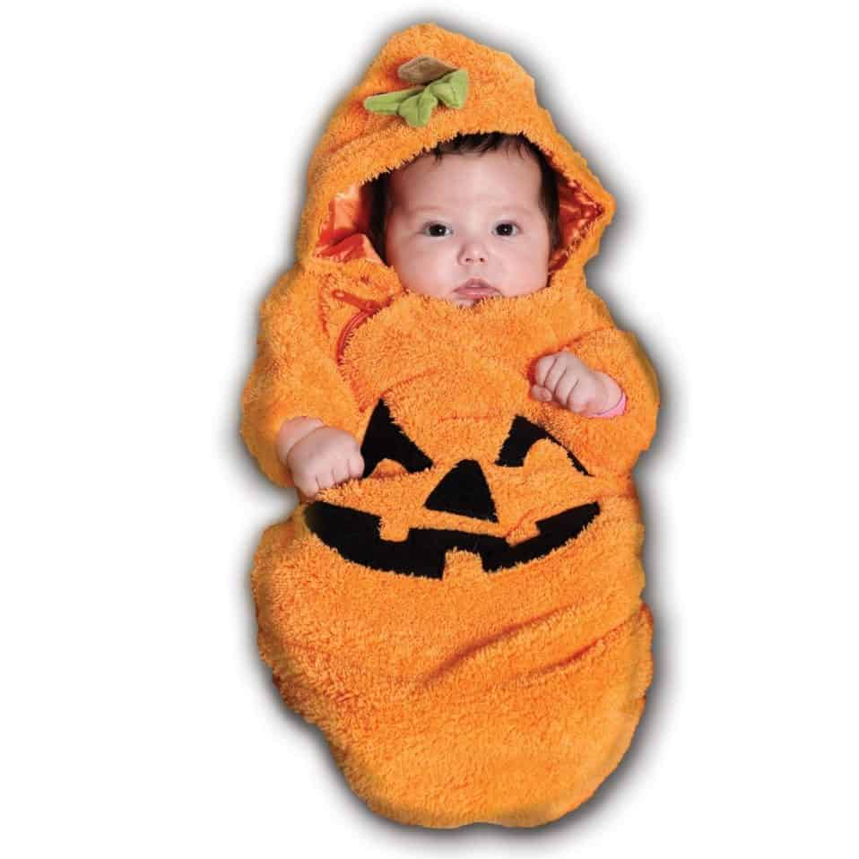 how to enjoy baby's first halloween - the early weeks